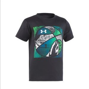 Brand new! With tags! Under armour tee- size 4